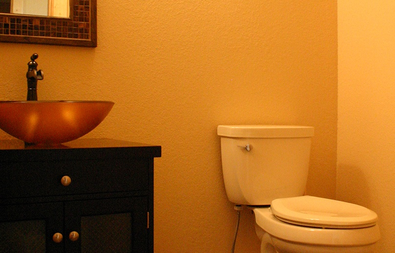 Images of a powder room