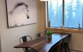 Kussy Dining Area